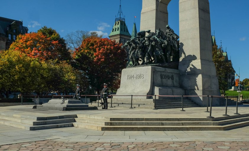 _Fujifilm-x100s---War-Memorial-Ottawa--00062-3-copy