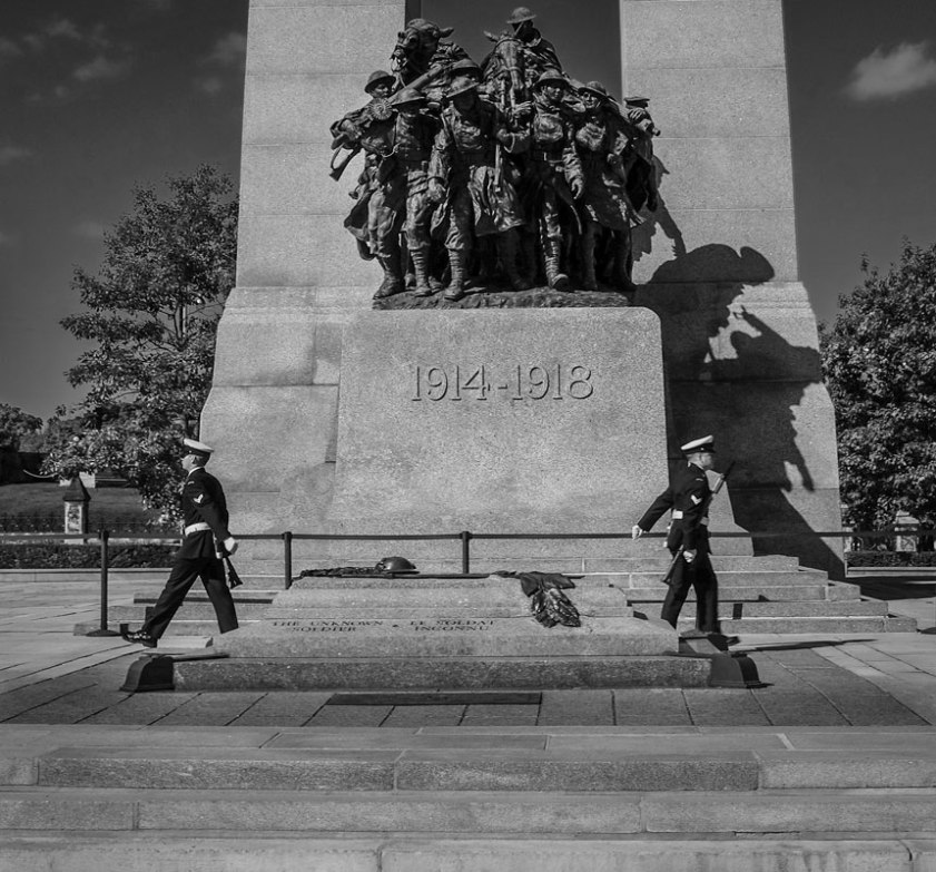 _Fujifilm-x100s---War-Memorial-Ottawa--00064-copy