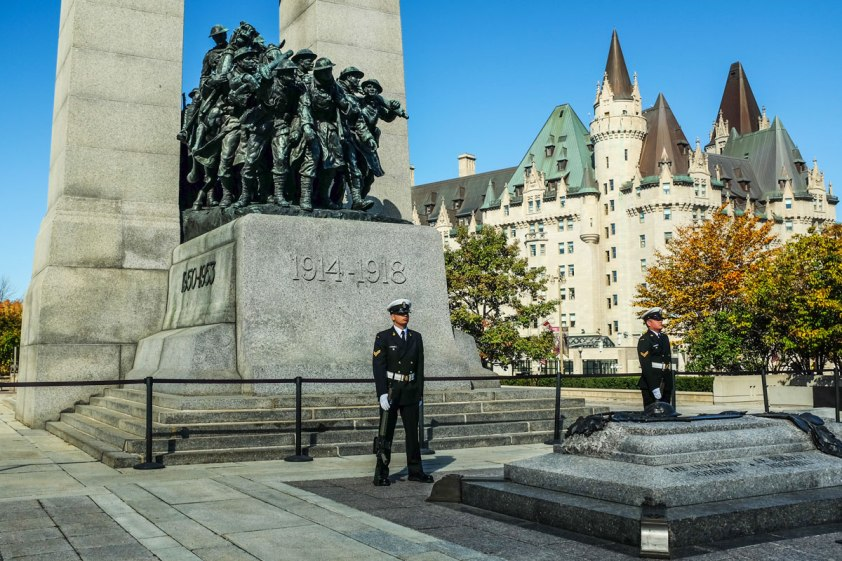 _Fujifilm-x100s---War-Memorial-Ottawa--00071-3-copy